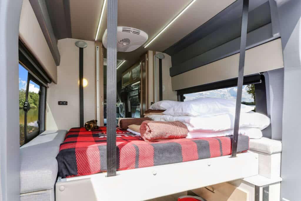 Fraserway Van conversion interior115